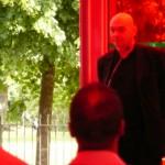 Jean Nouvel talking at the unveil of his Serpentine Pavilion © NSBanks