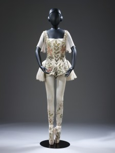 Costume for the Prince in L'Oiseau d'Or designed by Georges Braque in 1909 from Diaghilev and the Golden Age of the Ballets Russes 1909-1929- photo© V&A images