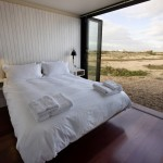 NORD Shingle House bedroom - courtesy of Living Architecture