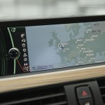 Navigation in the 3 Series saloon