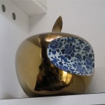 Li Lihong, China - Apple, des. 2007. Courtesy of Themes & Variations