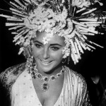 Elizabeth Taylor wears Bulgari jewellery at the masked ball, Hotel Ca'Rezzonico, Venice 1967 Photo © Victoria and Albert Museum, London