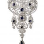 Stomacher brooch. Cartier Paris, special order, 1907. Platinum, sapphires, diamonds; 21 x 12.9 cm. Cartier Collection. Photo: Nick Welsh, Cartier Collection © Cartier