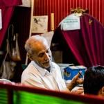 Esfahan barber at work © Design Talks
