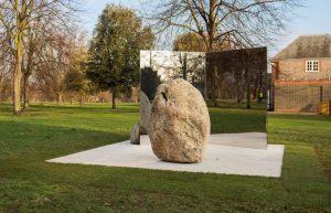 Lee Ufan, Relatum – Stage, 2018, Installation view, Serpentine Gallery, London (6 February – 29 July 2018) © Lee Ufan, Photograph © Ian Gavan/Getty Images